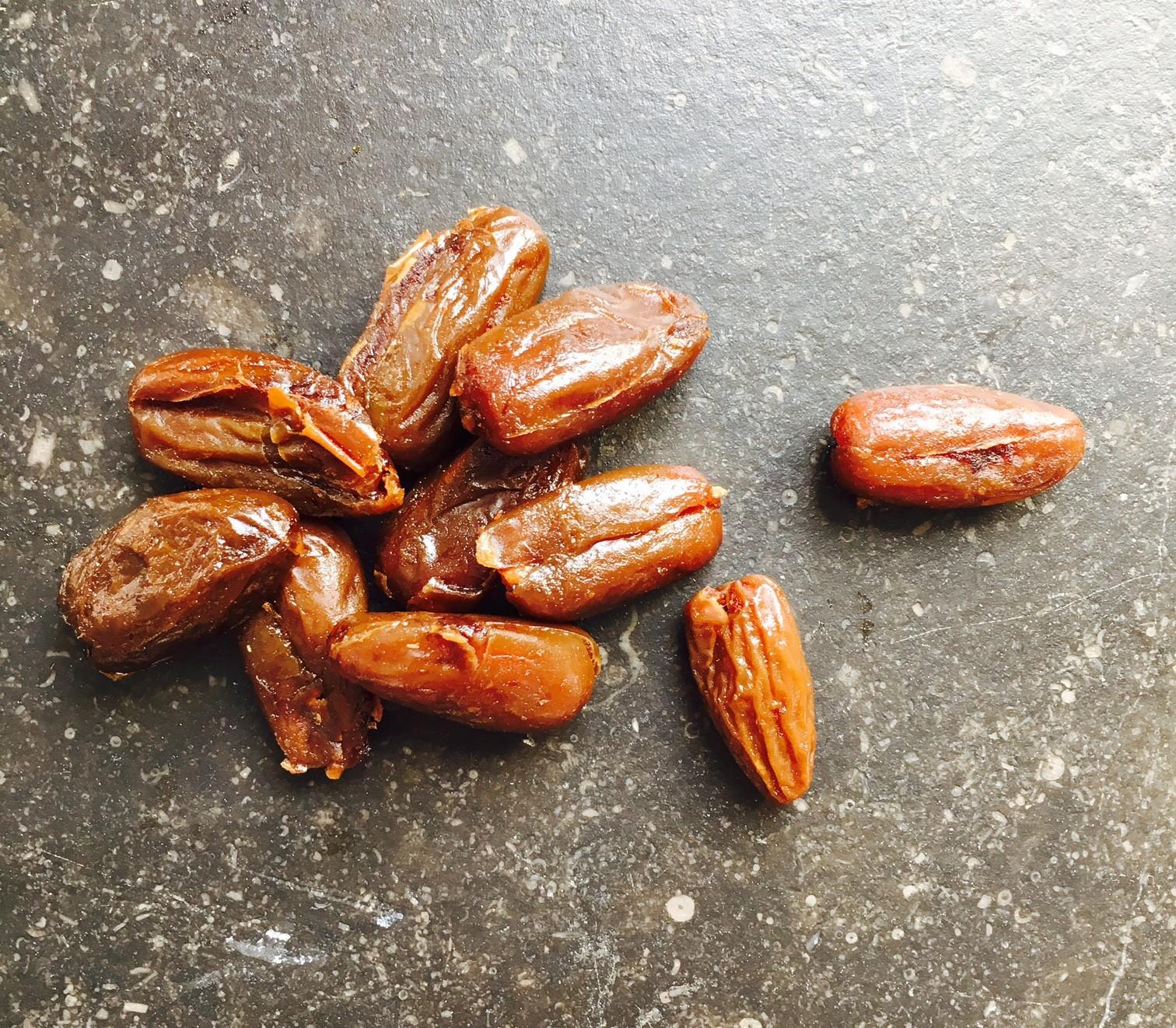 La datte fruit sec riche en glucides et en fibres mais pas de fer ysabelle levasseur - Fruits pauvres en glucides ...