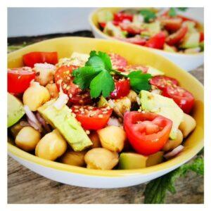 ysabelle_levasseur_recette_nutritionniste_auteure_culinaire_salade_pois_chiche_huile_chanvre